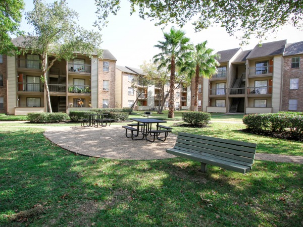 Timberwalk Apartments